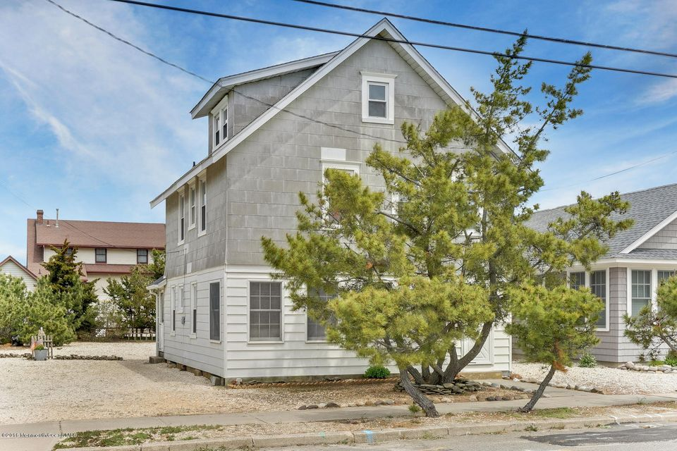 Additional photo for property listing at 48 8th Avenue  Seaside Park, New Jersey 08752 États-Unis