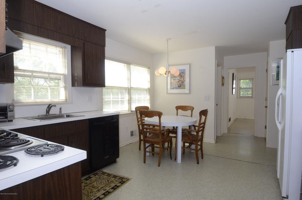 Additional photo for property listing at 7 Hasler Lane  Little Silver, Nueva Jersey 07739 Estados Unidos