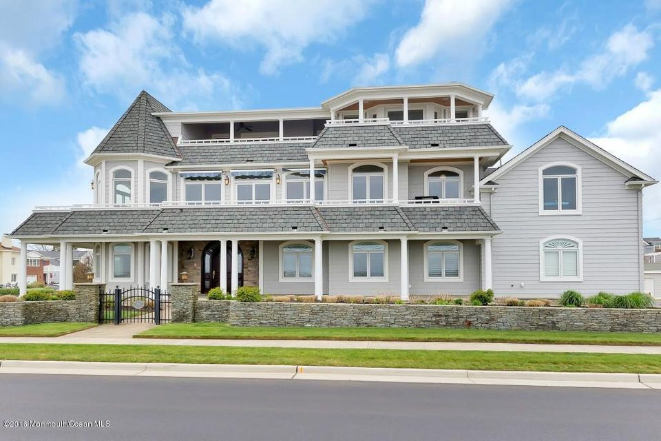 Maison unifamiliale pour l Vente à 200 Ocean Avenue Avon By The Sea, New Jersey 07717 États-Unis