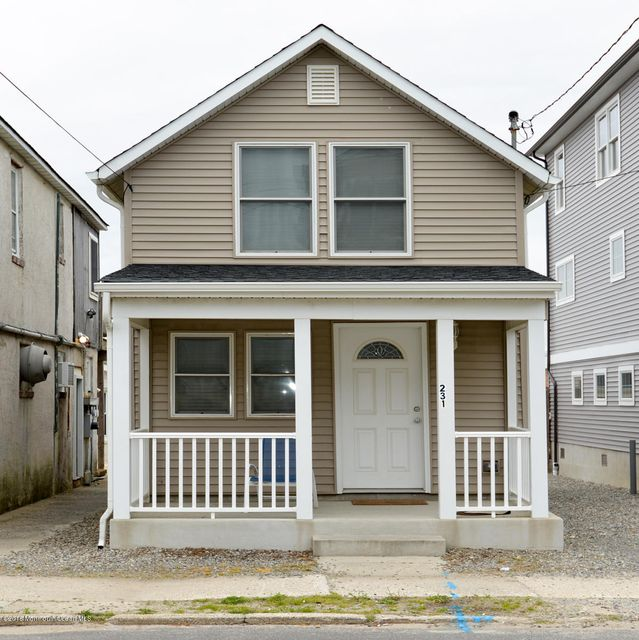 Additional photo for property listing at 231 1st Avenue  Manasquan, 新泽西州 08736 美国
