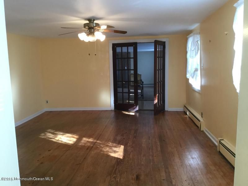 Additional photo for property listing at 74 Main Street  New Egypt, New Jersey 08533 États-Unis