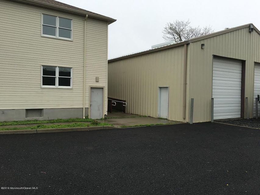 Additional photo for property listing at 405 Highway 36  Port Monmouth, 新泽西州 07758 美国