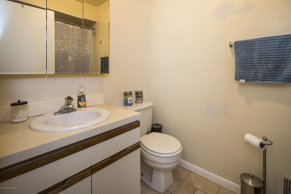 Additional photo for property listing at 20 Cedar Street  Highlands, New Jersey 07732 United States