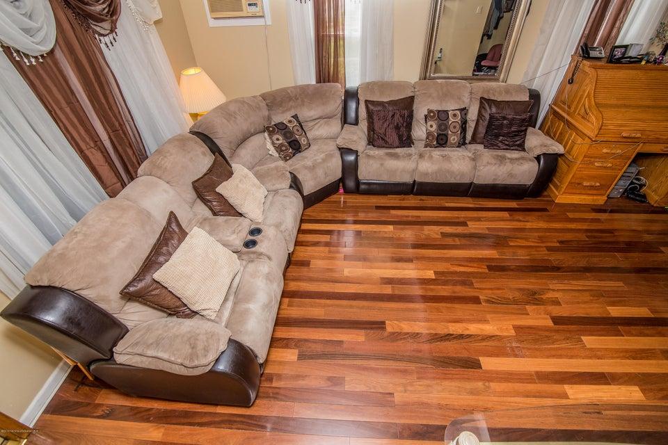 Additional photo for property listing at 238 Shoreland Circle  劳伦斯港, 新泽西州 08879 美国