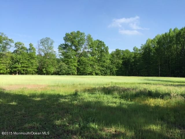 Additional photo for property listing at 1976 Englishtown Road 1976 Englishtown Road Old Bridge, New Jersey 08857 United States