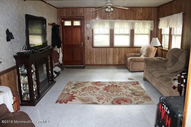 Additional photo for property listing at 1352 Toms River Road  Jackson, Nueva Jersey 08527 Estados Unidos
