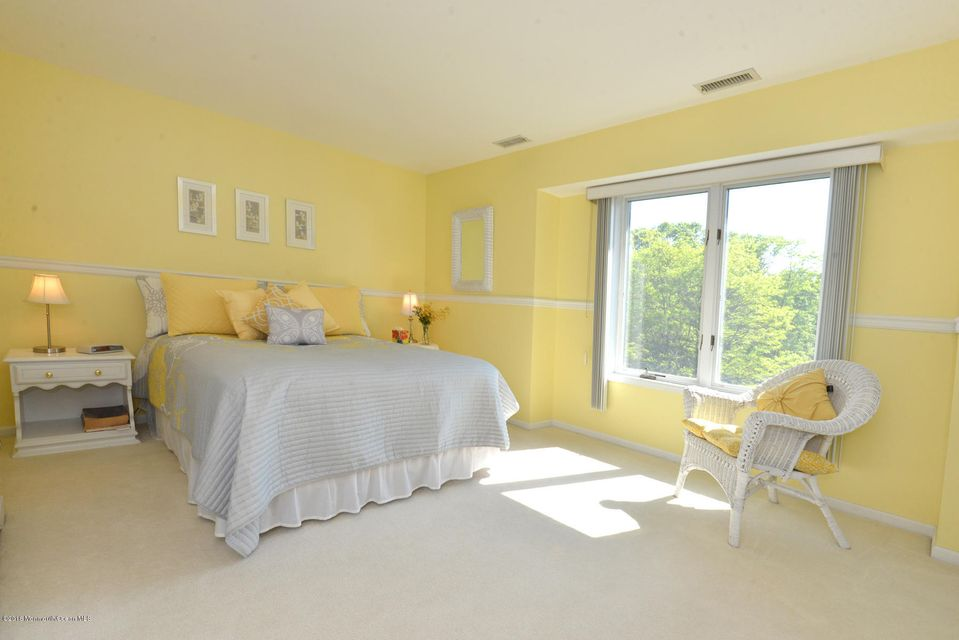 Additional photo for property listing at 1804 Bridlemere Avenue  Wall, New Jersey 07719 États-Unis
