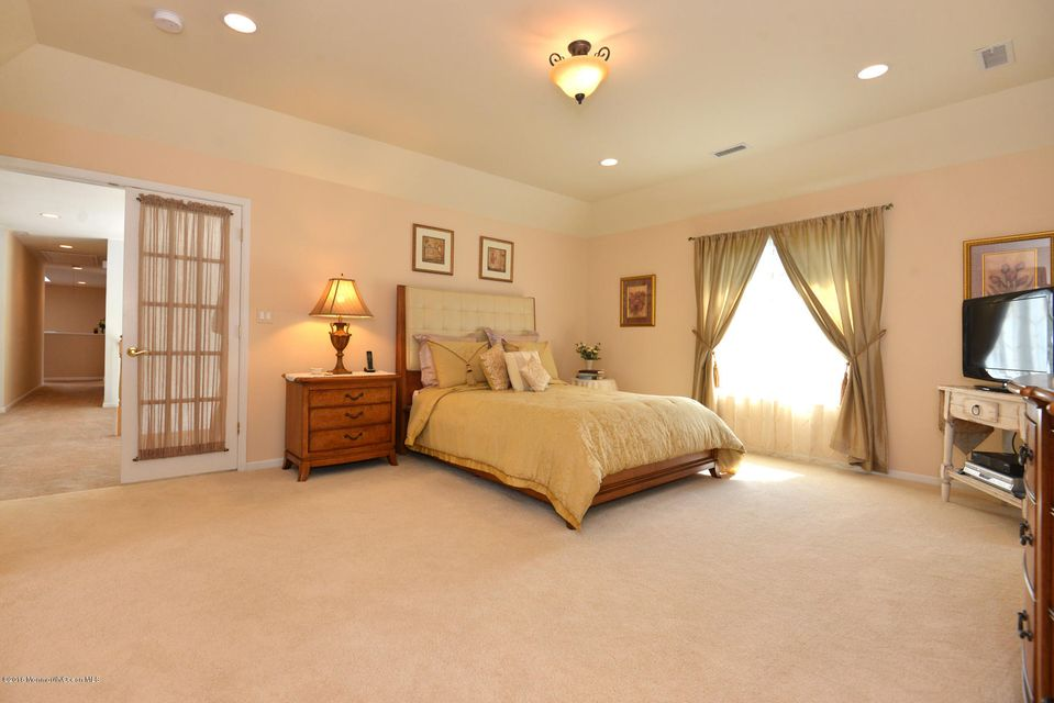 Additional photo for property listing at 1804 Bridlemere Avenue  Wall, Nueva Jersey 07719 Estados Unidos