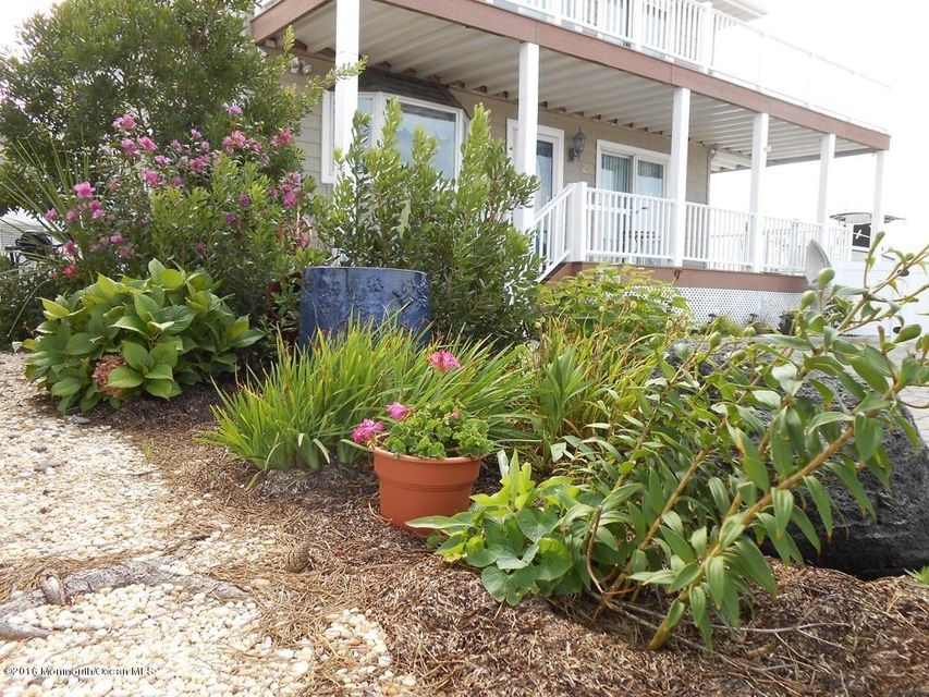 Additional photo for property listing at 16 Shore Avenue  Surf City, Nueva Jersey 08008 Estados Unidos