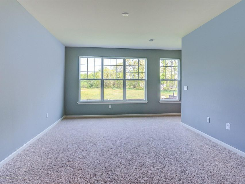 Additional photo for property listing at New Construction Court  Howell, Nueva Jersey 07731 Estados Unidos