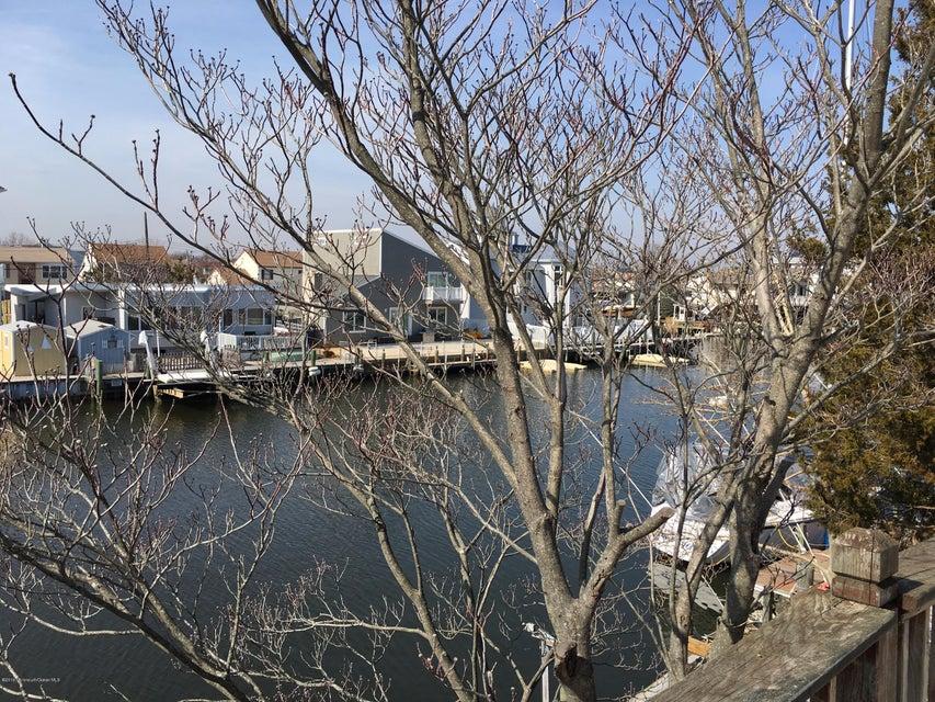 Additional photo for property listing at 110 Cartagena Drive  Brick, Nueva Jersey 08723 Estados Unidos