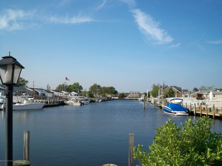 Single Family Home for Sale at 219 Bay Shore Drive Barnegat, New Jersey 08005 United States