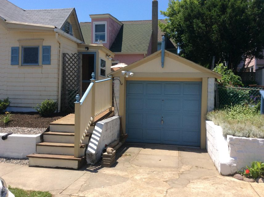Additional photo for property listing at 139 Clark Avenue  Ocean Grove, New Jersey 07756 États-Unis