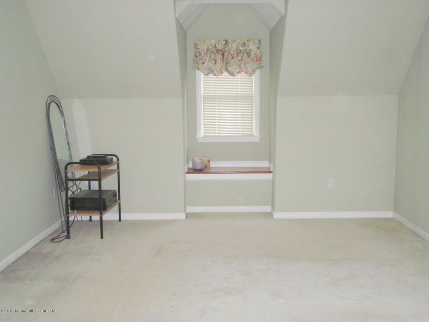 Additional photo for property listing at 1692 New Hampshire Avenue  Toms River, New Jersey 08755 United States