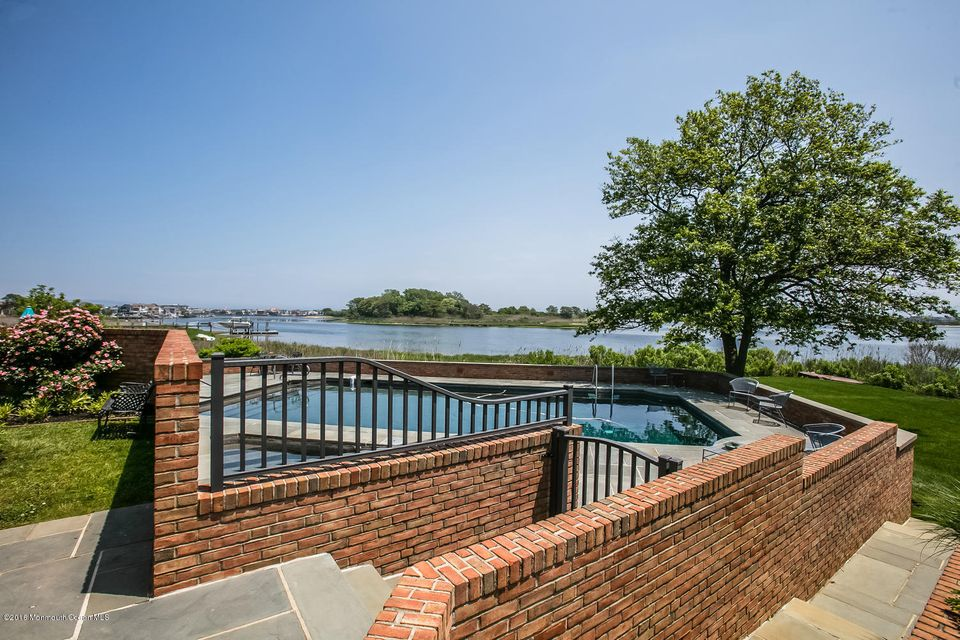 Additional photo for property listing at 20 Avenue Of Two Rivers 20 Avenue Of Two Rivers Rumson, New Jersey 07760 États-Unis