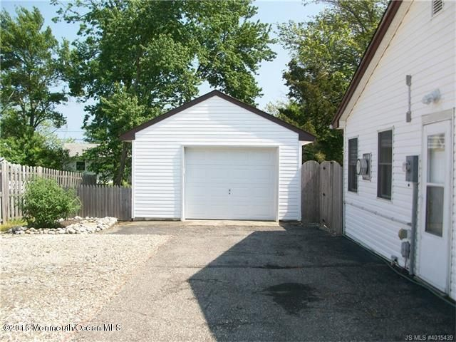 Additional photo for property listing at 7 Omaha Street  Barnegat, New Jersey 08005 États-Unis