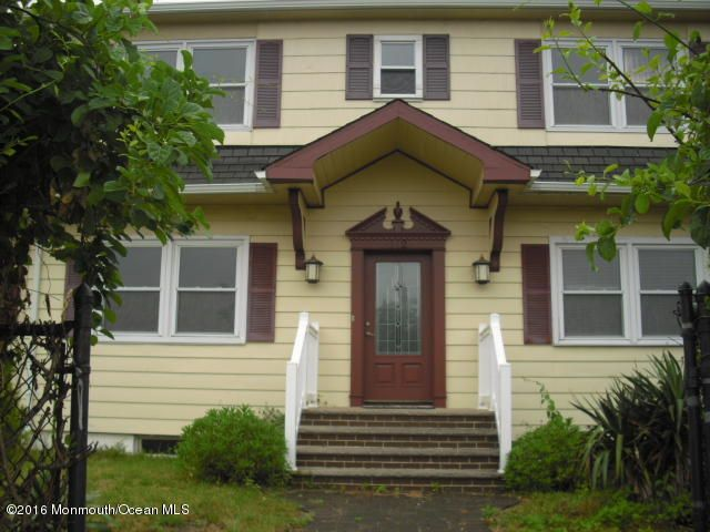 Single Family Home for Sale at 112 Beachway Avenue Keansburg, New Jersey 07734 United States