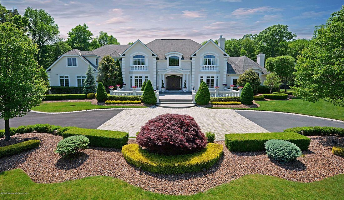 Single Family Home for Sale at 2 Secretariat Drive Colts Neck, 07722 United States