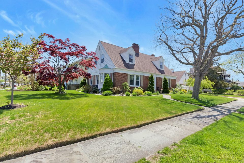 Single Family Home for Sale at 420 3rd Avenue Avon By The Sea, New Jersey 07717 United States