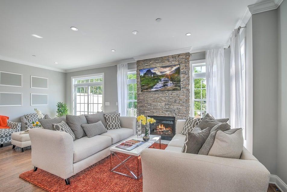 Additional photo for property listing at 2 Cottrell Court  Old Bridge, Nueva Jersey 08857 Estados Unidos