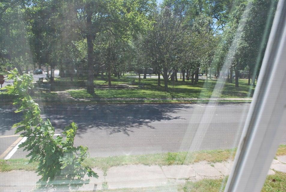 Additional photo for property listing at 319 Forman Avenue  波因特普莱森海滩, 新泽西州 08742 美国
