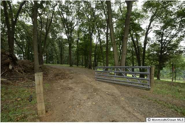 Additional photo for property listing at Whipporwill Valley Road  Middletown, Nueva Jersey 07748 Estados Unidos