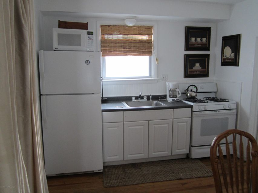 Additional photo for property listing at 67 Kearney Avenue 67 Kearney Avenue Seaside Heights, New Jersey 08751 États-Unis