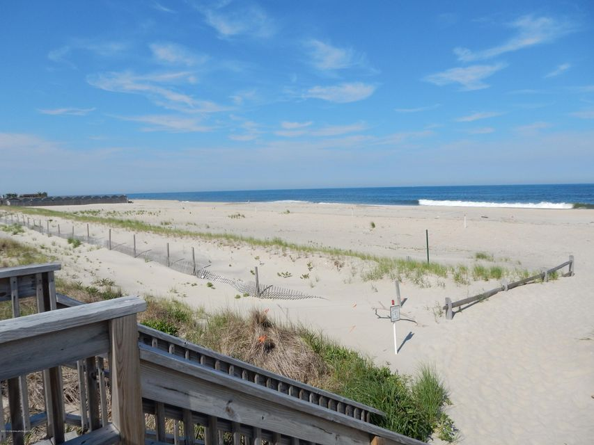 Single Family Home for Sale at 1566 Ocean Avenue Sea Bright, New Jersey 07760 United States
