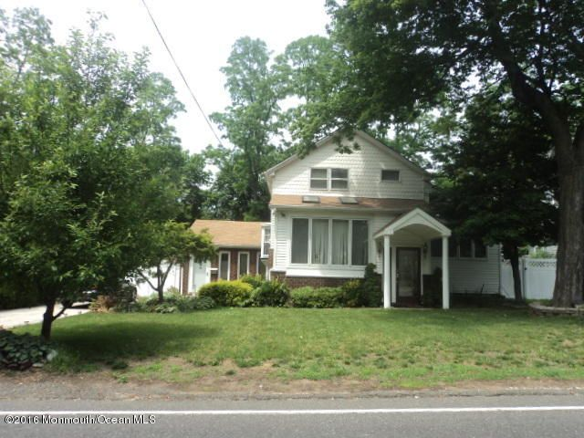 Single Family Home for Sale at 939 Leonardville Road Leonardo, New Jersey 07737 United States