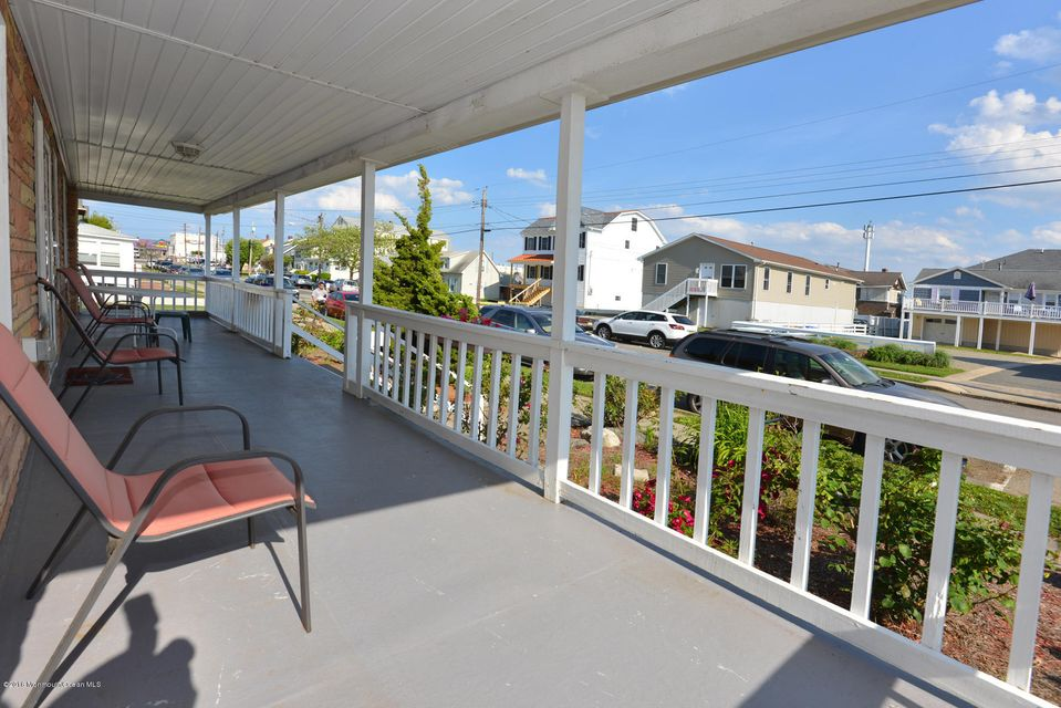 Additional photo for property listing at 29 Central Avenue  Point Pleasant Beach, New Jersey 08742 United States
