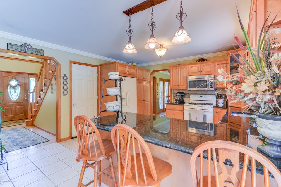 Additional photo for property listing at 339 Hoover Avenue  Bayville, Nueva Jersey 08721 Estados Unidos