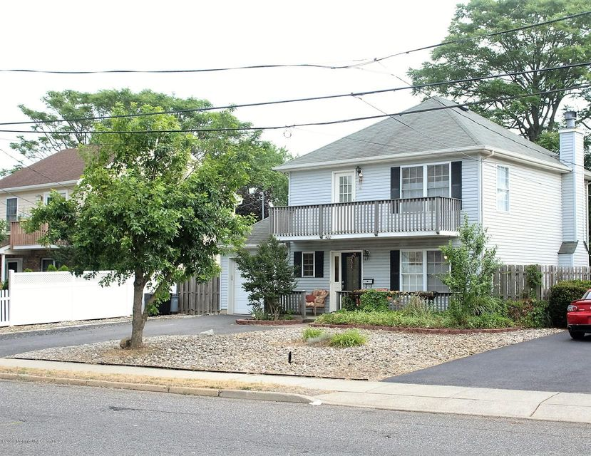 Single Family Home for Sale at 480 Beachway Avenue Keansburg, New Jersey 07734 United States