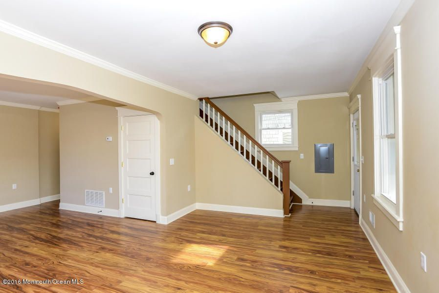 Additional photo for property listing at 54 5th Street  Highlands, Nueva Jersey 07732 Estados Unidos