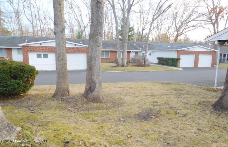 Additional photo for property listing at 86b Dorchester Drive  Lakewood, New Jersey 08701 États-Unis