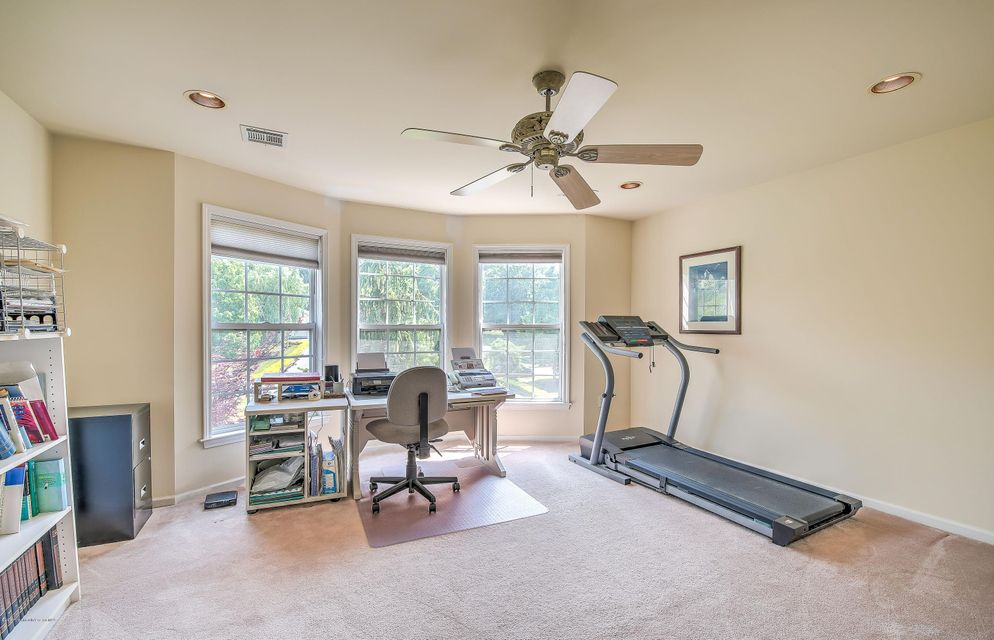 Additional photo for property listing at 7 Gaston Mill Court  Millstone, Nueva Jersey 08535 Estados Unidos