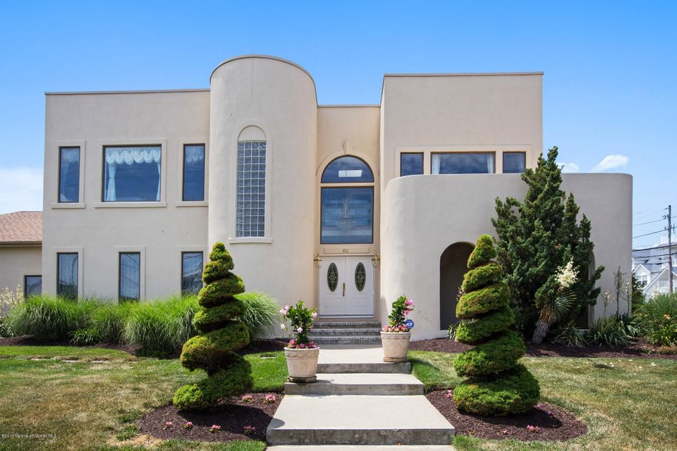 Single Family Home for Sale at 82 Seaview Avenue Monmouth Beach, New Jersey 07750 United States