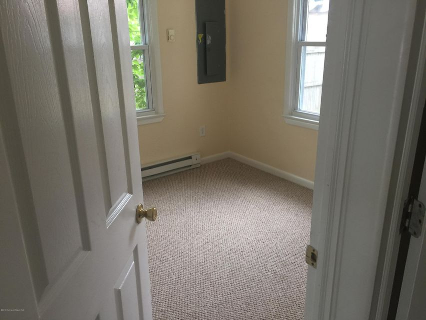 Additional photo for property listing at 227 Morris Boulevard  Toms River, New Jersey 08753 États-Unis