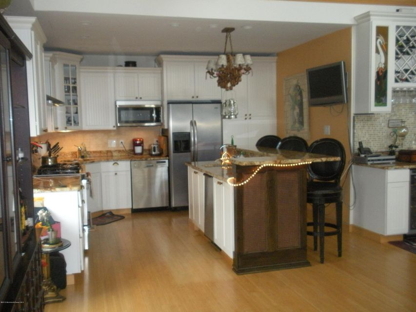 Additional photo for property listing at 126 Commodore Drive  Little Egg Harbor, New Jersey 08087 United States