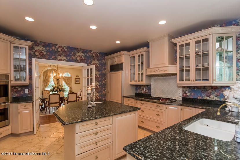 Additional photo for property listing at 2121 Friar Court  Wall, New Jersey 07719 États-Unis