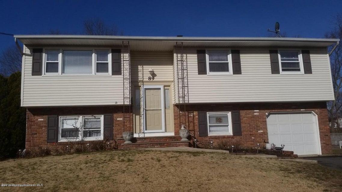 独户住宅 为 销售 在 89 Salem Hill Road 豪威尔, 新泽西州 07731 美国