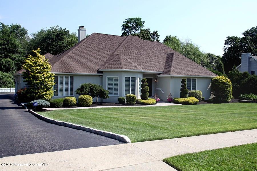 Maison unifamiliale pour l Vente à 609 Turkey Point Road Brick, New Jersey 08724 États-Unis