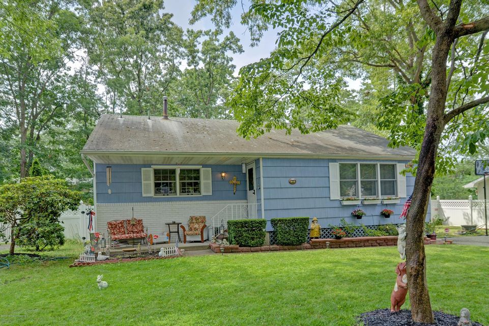 Additional photo for property listing at 23 Oak Ridge Parkway  Toms River, New Jersey 08755 États-Unis