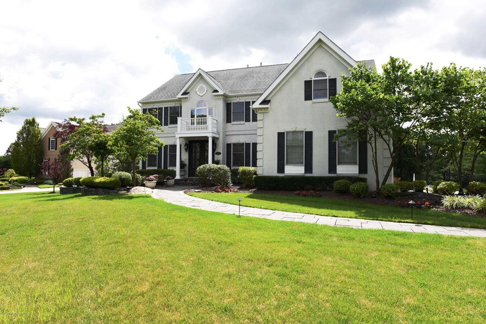 Single Family Home for Sale at 3 Hialeah Court Tinton Falls, New Jersey 07724 United States