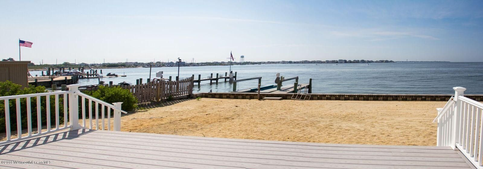 Additional photo for property listing at 421 Sunset Drive  Seaside Heights, 新泽西州 08751 美国