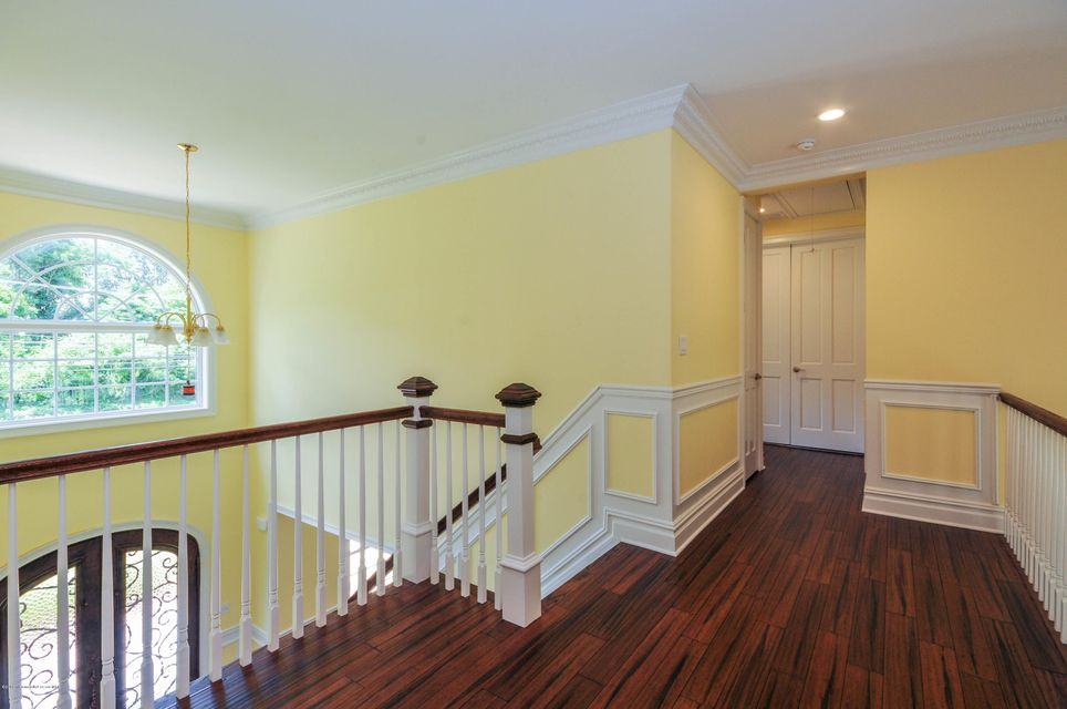 Additional photo for property listing at 31 Sweetmans Lane  Manalapan, New Jersey 07726 United States