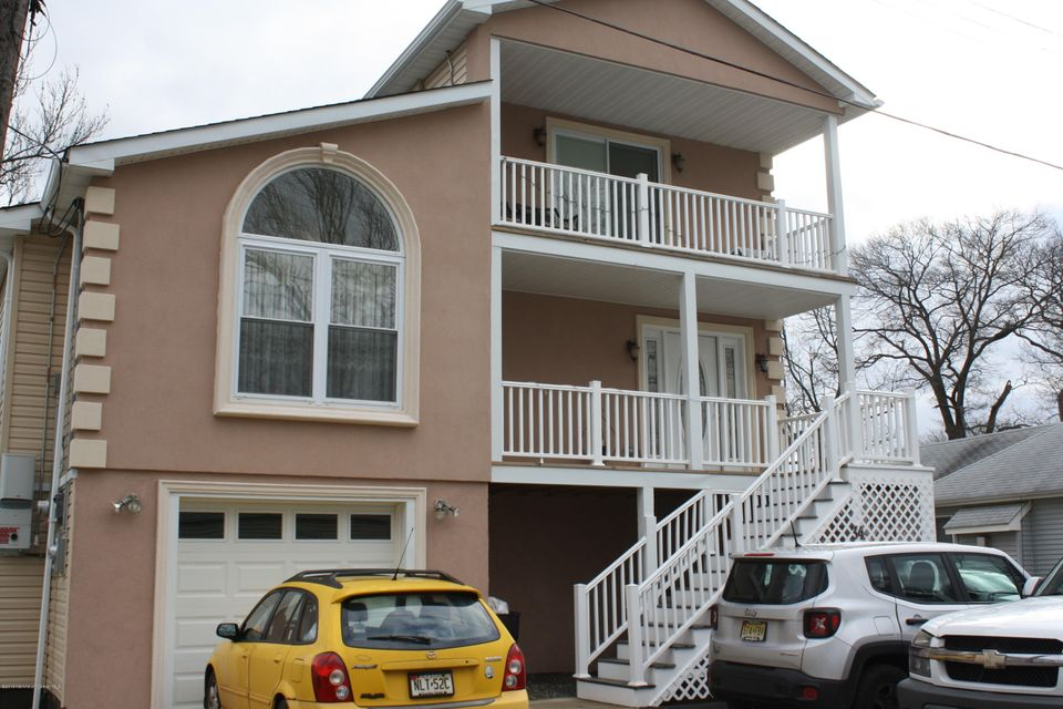 Single Family Home for Sale at 34 Evergreen Place Keansburg, New Jersey 07734 United States
