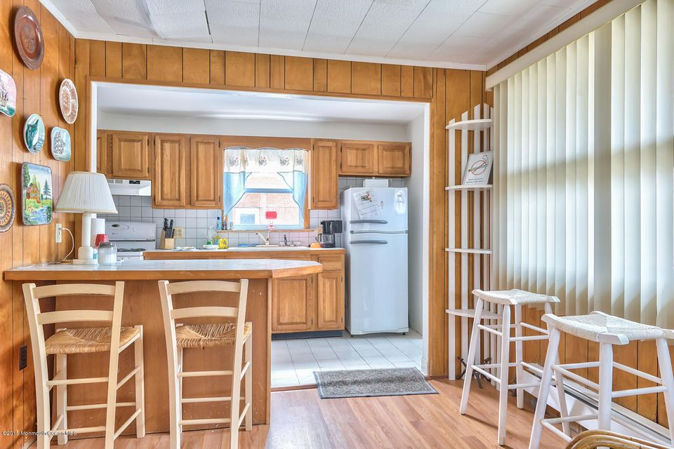 Additional photo for property listing at 201 Central Avenue  Seaside Park, Nueva Jersey 08752 Estados Unidos
