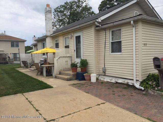 Casa Unifamiliar por un Venta en 313 Saint Louis Avenue Point Pleasant Beach, Nueva Jersey 08742 Estados Unidos