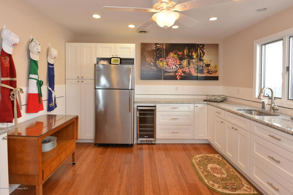 Additional photo for property listing at 145 Pershing Boulevard 145 Pershing Boulevard Lavallette, 新泽西州 08735 美国