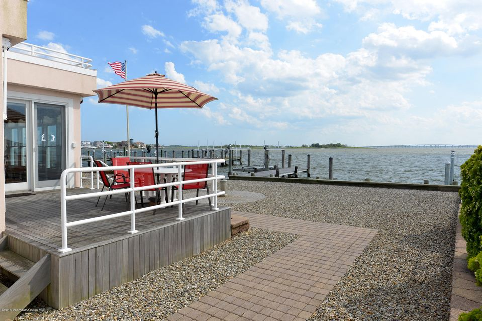 Additional photo for property listing at 145 Pershing Boulevard  Lavallette, 新泽西州 08735 美国